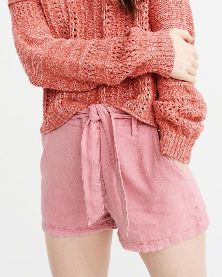 TIE WAIST HIGH RISE SHORTS