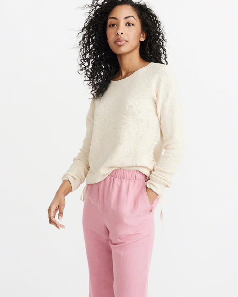 SIDE RUCHED CREW SWEATER